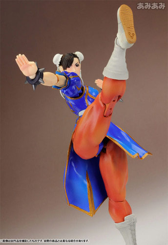 Chun-Li Street Fighter 4 Play Arts Kai action figure image #3