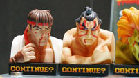 Street Fighter 2 'Continue' statues image #3