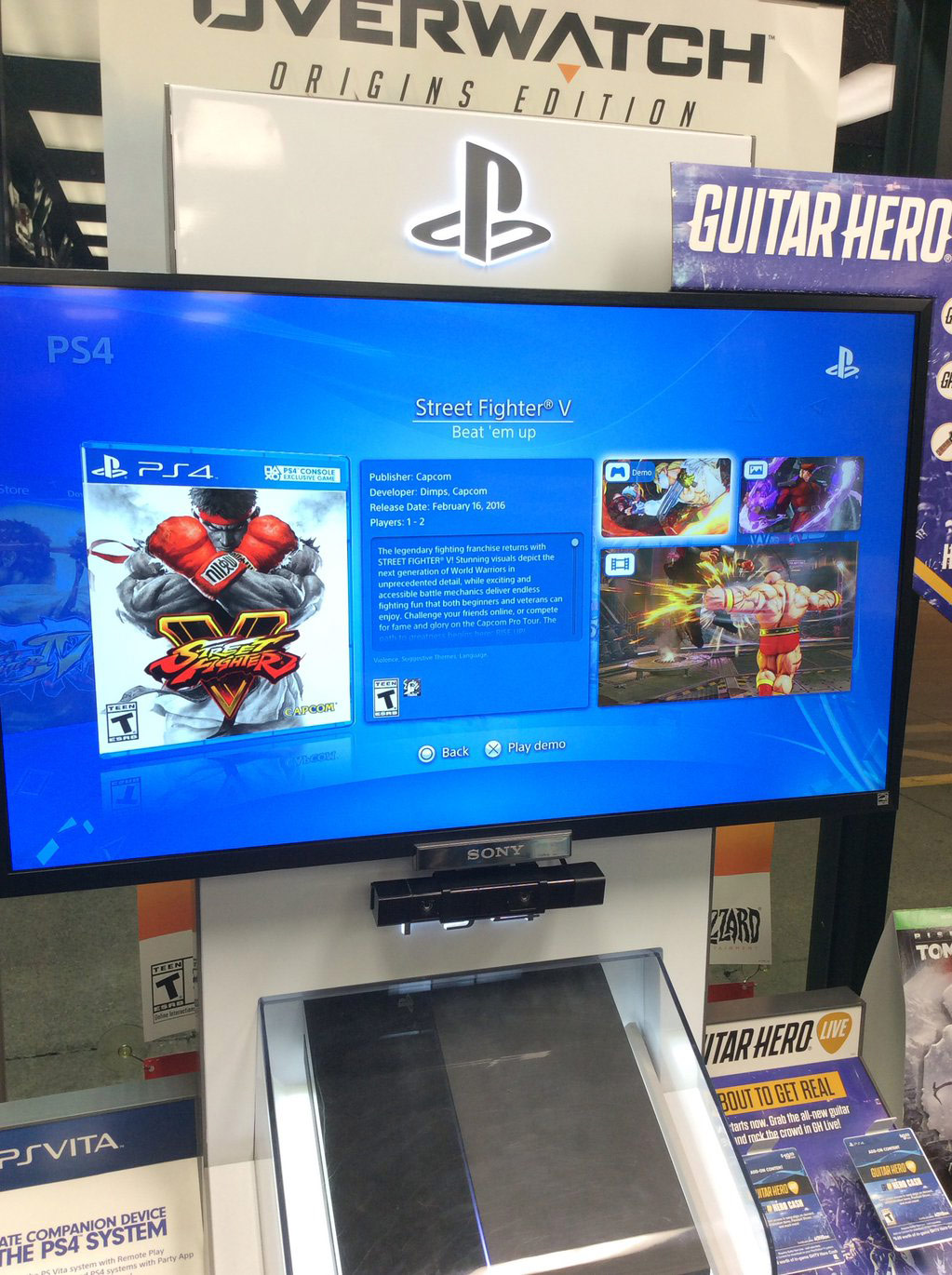 Street Fighter 5 demo at GameStop