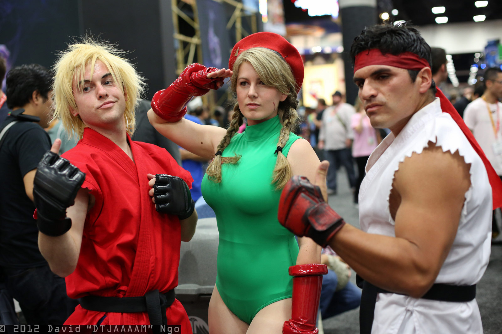 Fighting game cosplay gallery image #8