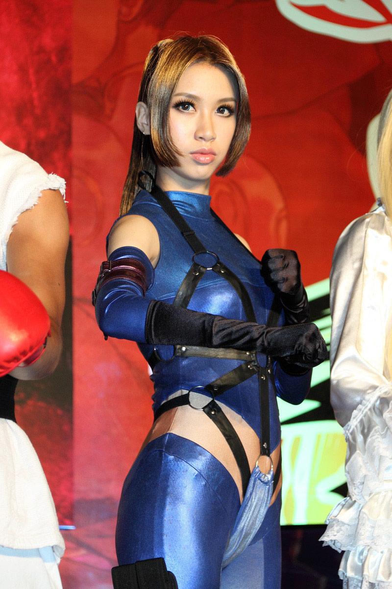 Street Fighter and Tekken cosplay image #8