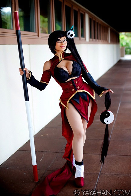 Cosplay gallery featuring fighting game characters image #2