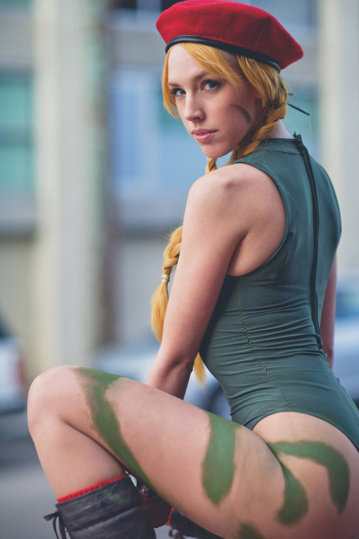 Cosplay gallery featuring fighting game characters image #4