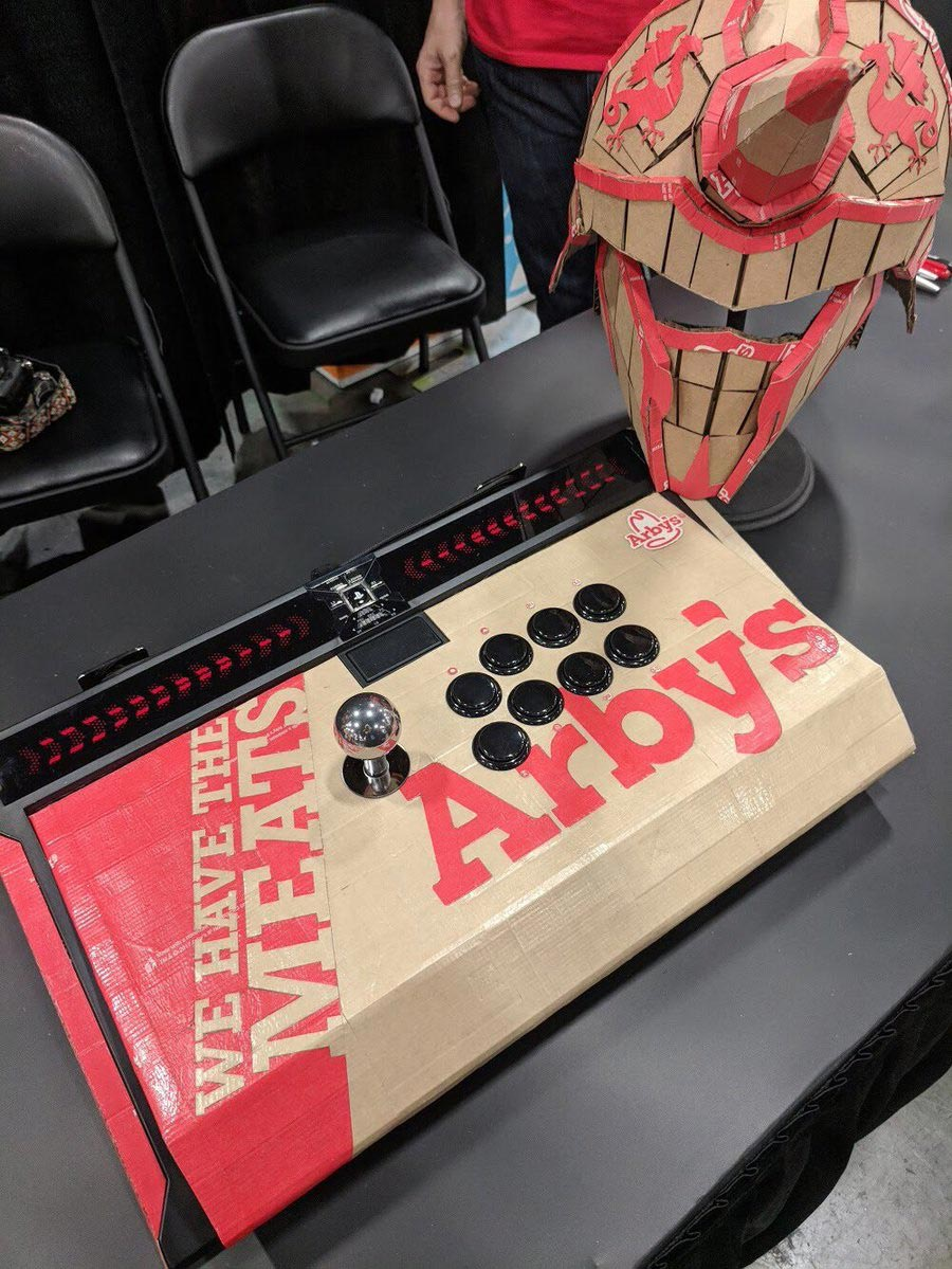Arby's custom Qanba Dragon fightstick 2 out of 4 image gallery